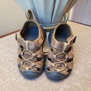 KEEN Brown Walking Sandal Toddler Boys Size 4
